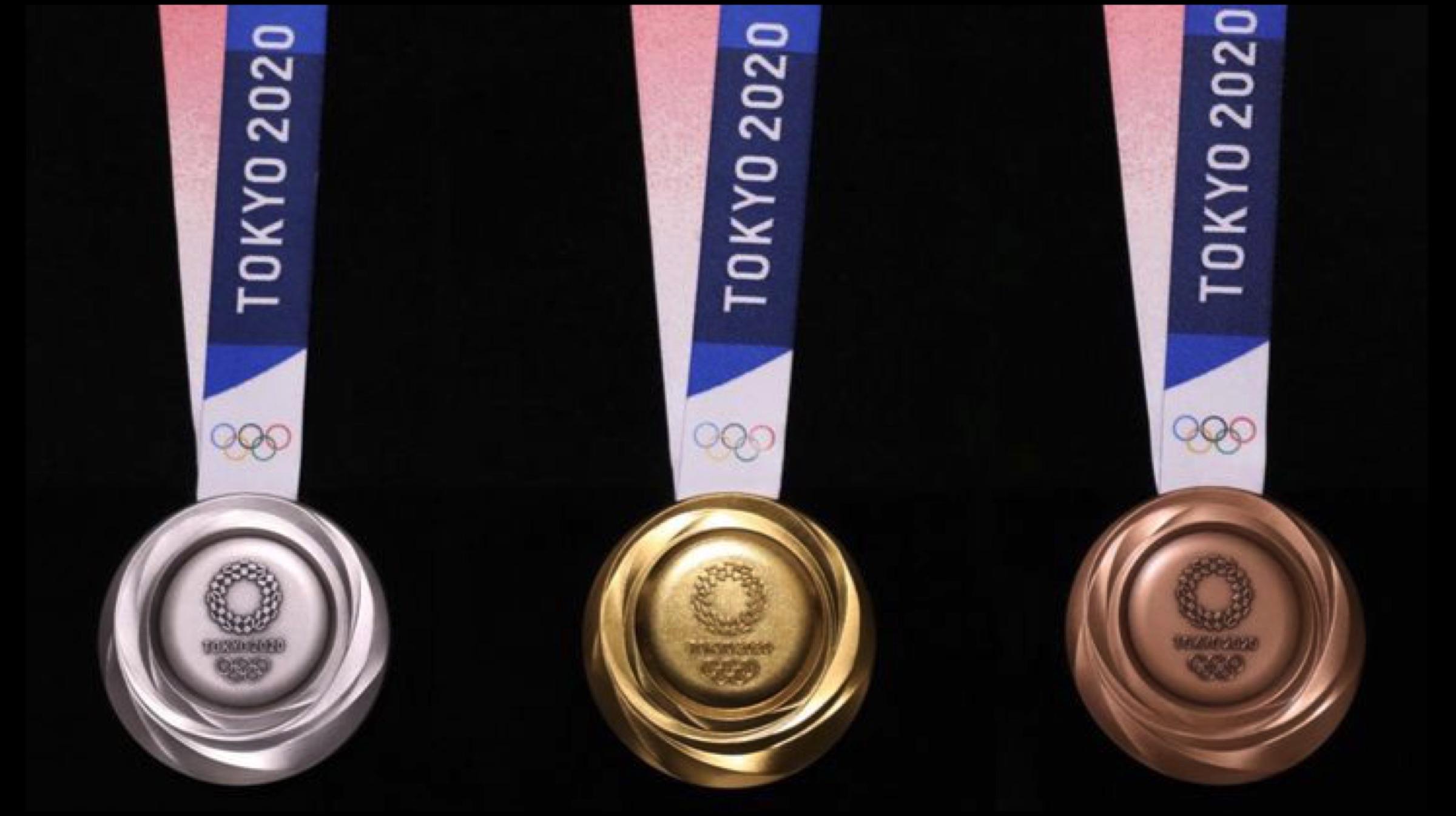Die Medaillen für die Olympischen Spiele 2020 werden aus Gold hergestellt, das von alten Smartphones recycelt wird 3