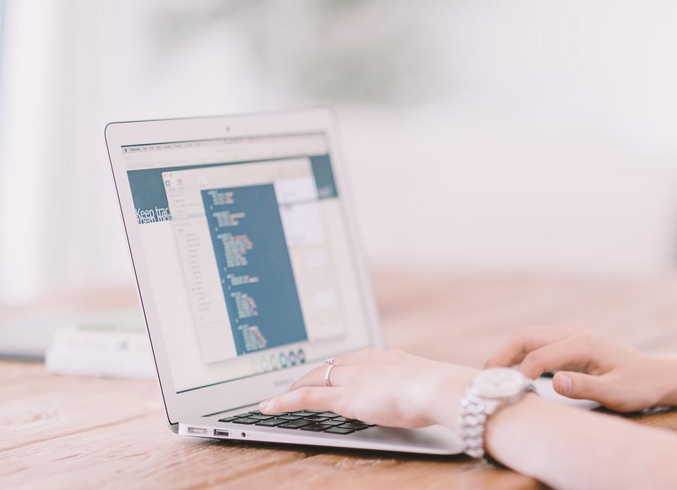 Laptop, Schreiben, Internet, Hände