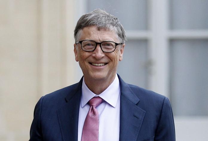 Bill Gates ist nicht mehr der zweitreichste Mensch auf der Erde. Es wurde von einem französischen Geschäftsmann übertroffen 1