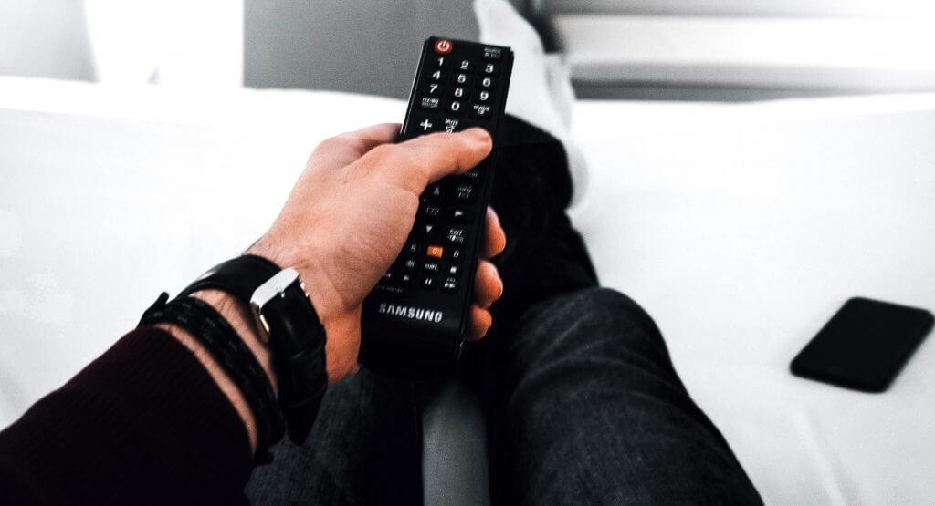 Universalfernbedienung und Smart TV