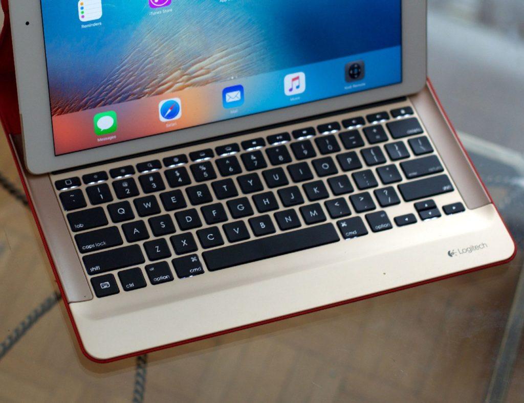 Logitech CREATE Hülle und Tastatur für iPad Pro