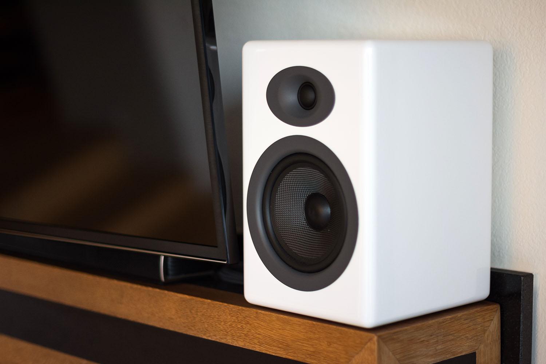 Audioengine A5 + Wireless Desktop / Bluetooth Lautsprecher Test: Bücherregale sind zurück! 6