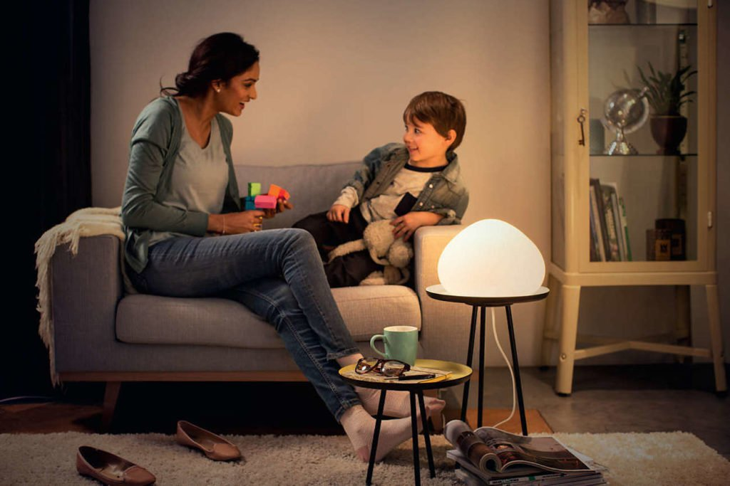 """Philips Hue Wellner Dimmbare Smart-LED-Tischleuchte """"aria-describeby ="""" gallery-5-360338"""