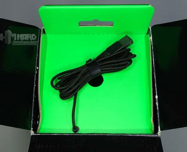 USB-Kabel in Box Razer Goliathus Chroma Mauspad
