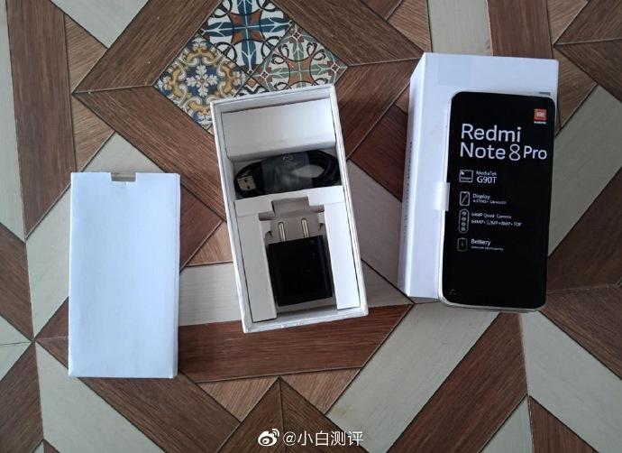 MediaTek-Prozessor und 64-MP-Kamera 3