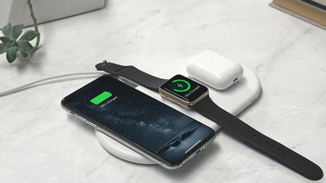 Laden Sie Ihr Telefon, Ihre Uhr und Ihre AirPods gleichzeitig auf.