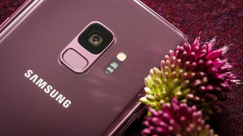 Neue Fotos von Galaxy S10 bestätigt, dass sich der Fingerabdruckleser unter dem Bildschirm befindet