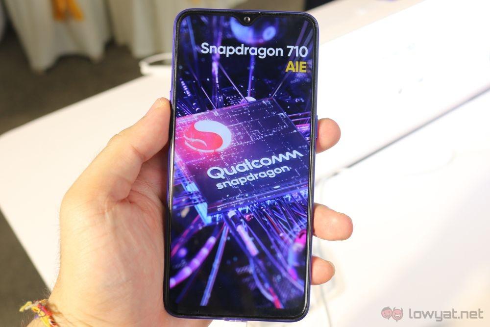 Realme 3 Pro: En kraftig, men likevel rimelig smarttelefon 1 av mellomtoner
