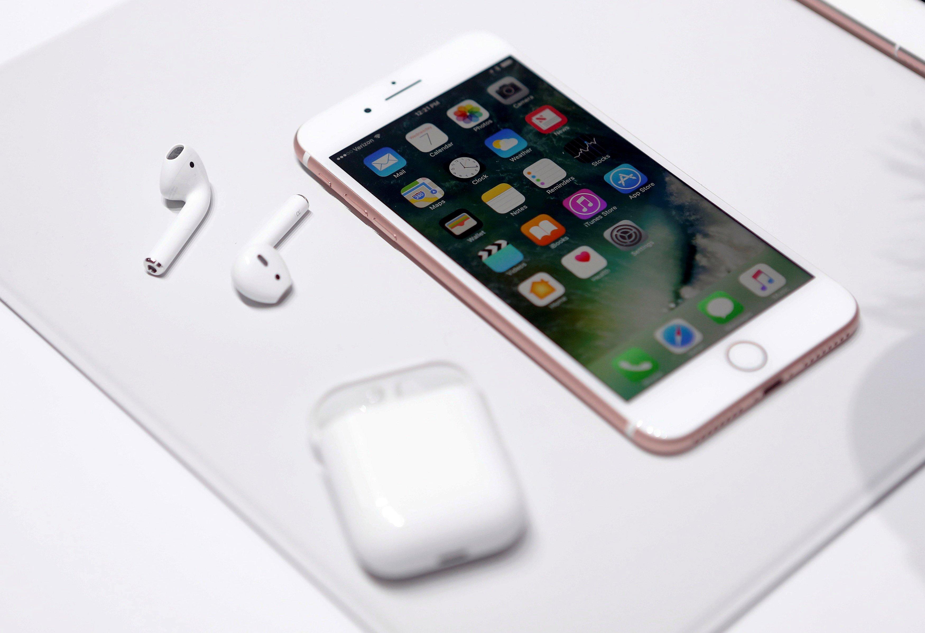 Airpods sind Applekabellose Kopfhörer, die nicht angeschlossen werden müssen