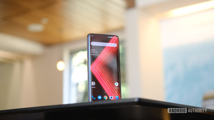 OnePlus 7 Pro Edge Display