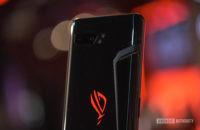 Asus ROG Phone 2 hinten ROG Logo Lüftungsschlitz und Kamera