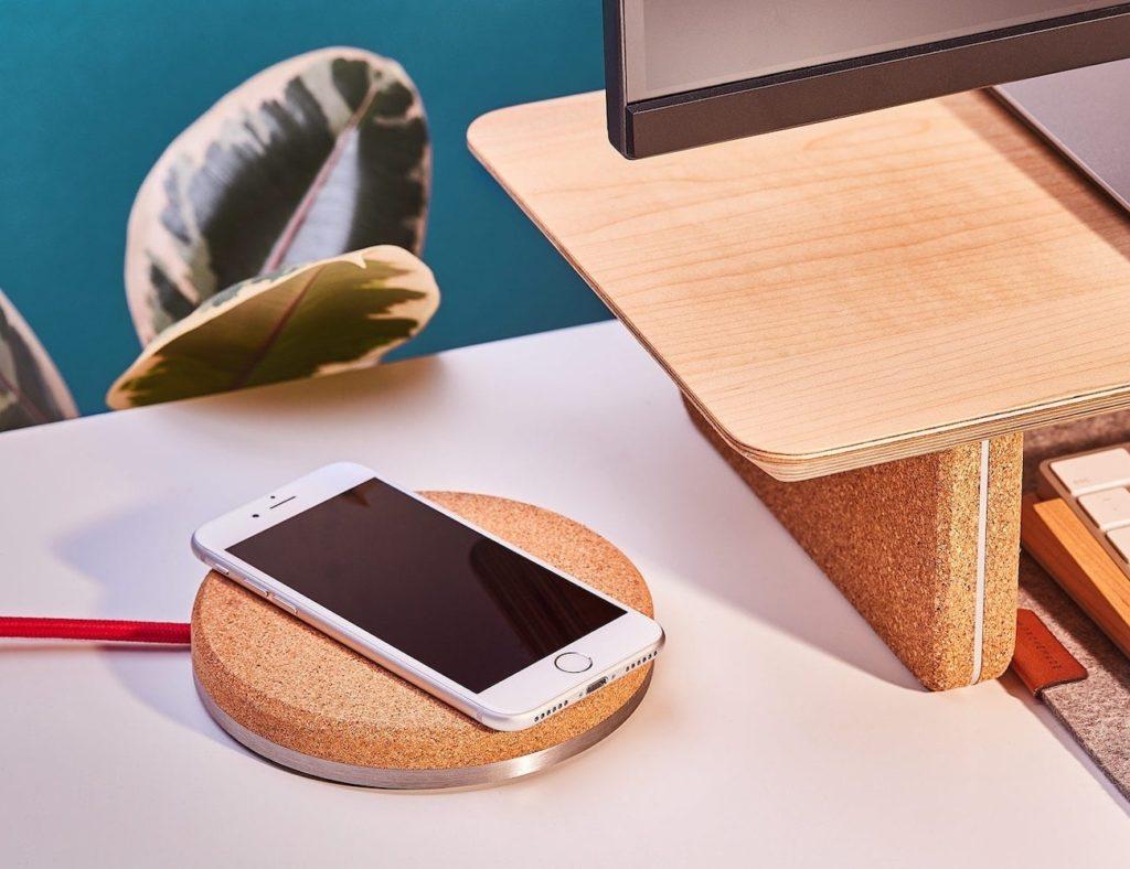 "Grovemade Wireless Charging Pad ""aria-describeby ="" gallery-10-364515"