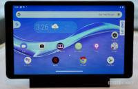 Lenovo Smart Tab M8 ist angedockt