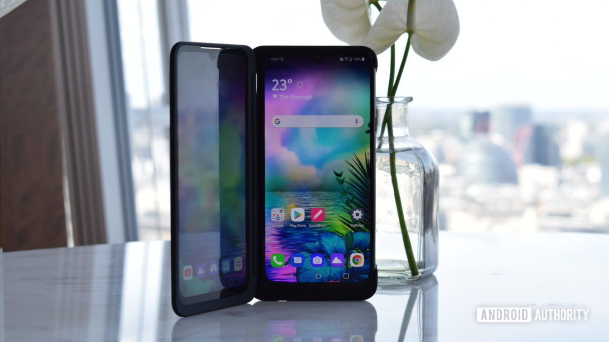 "LG G8X ThinQ Dual Panel 3 ""Breite ="" 1200 ""Höhe ="" 675 """
