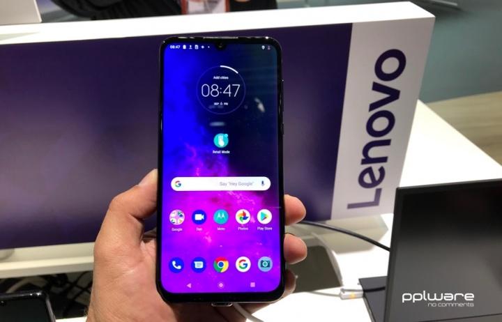 Motorola One Zoom: Das Smartphone mit vier Kameras 2