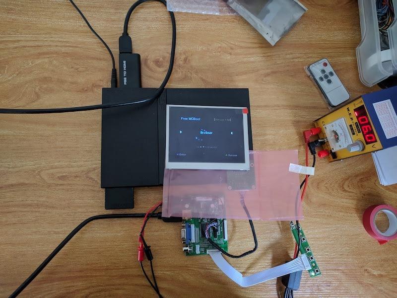 PS2 Portativ DIY Ekran