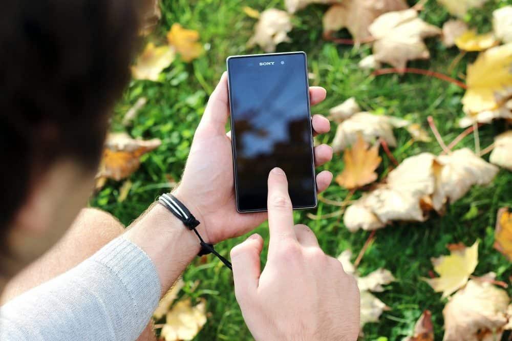 """Smartphone """"Breite ="""" 1000 """"Höhe ="""" 666"""