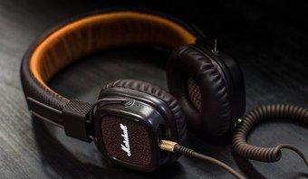 6 Best Bass Heavy Kopfhörer und Kopfhörer, die Sie kaufen können