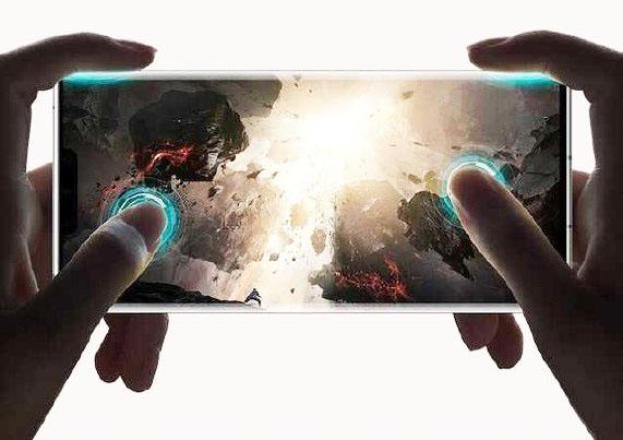 Das Display des Huawei Mate 30 Pro unterstützt die Steuerung mit vier Fingern, ähnlich einem Gamepad 1