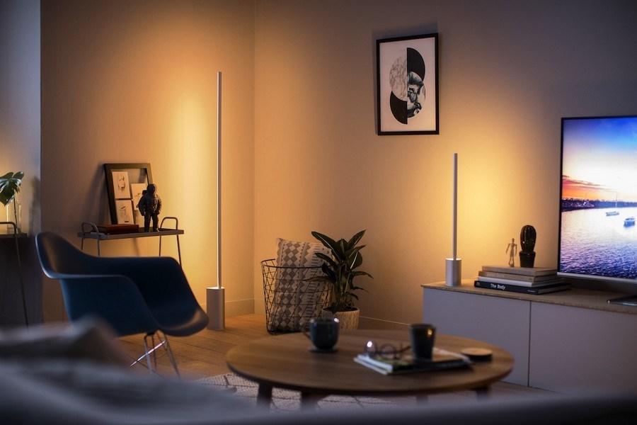Die Philips Hue Box synchronisiert Ihre Lichter mit Ihren Fernsehsendungen und Filmen